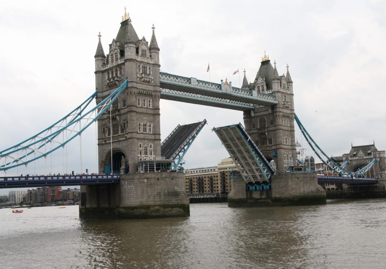 Related keywords suggestions for original london bridge for Design agency london bridge